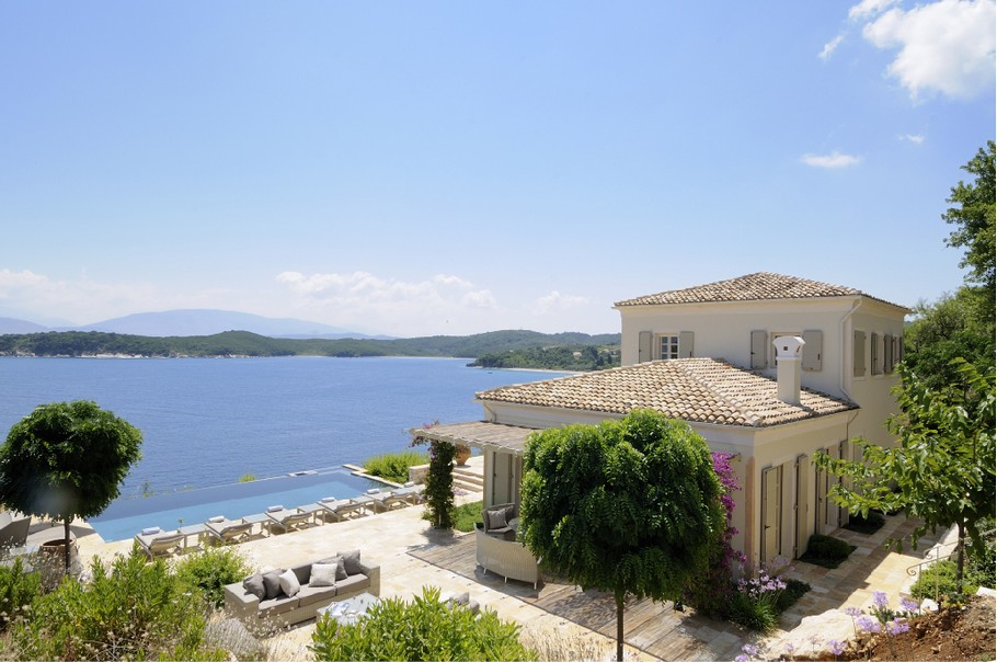 Magnificent Atolikos House in Corfu for Rent (18)