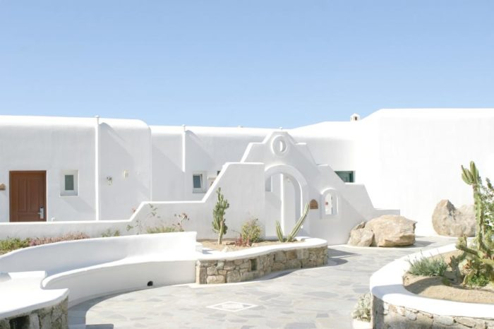 Mykonos Grand Hotel in Greece for Luxury Lovers (8)