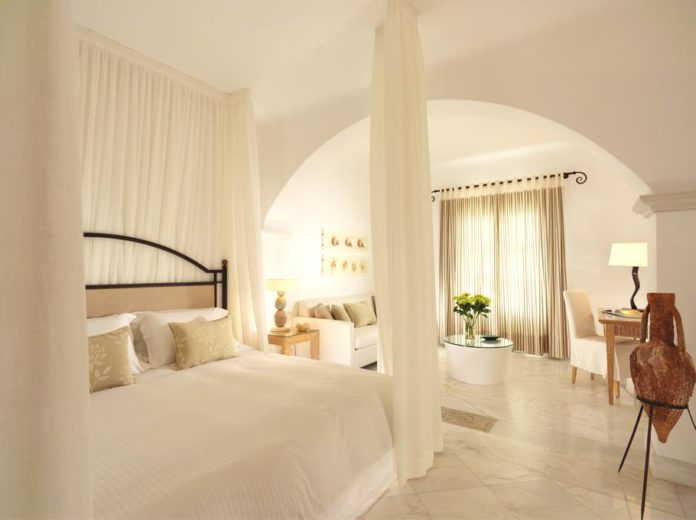 Mykonos Grand Hotel in Greece for Luxury Lovers (12)