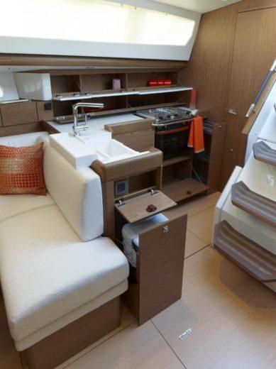 New Sun Odyssey Luxury Yacht by Jeanneau (2)