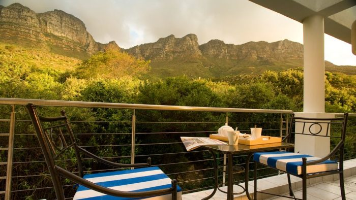 The Exquisite Twelve Apostles Hotel & Spa in South Africa (10)