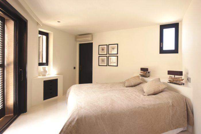 Sunset Villa An Amazing Luxe Residence in Ibiza (14)