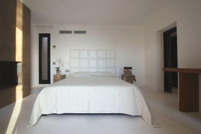 Sunset Villa An Amazing Luxe Residence in Ibiza (21)
