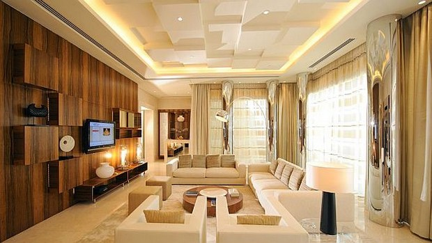 The Luxurious Raffles Dubai Hotel in Wafi City (12)