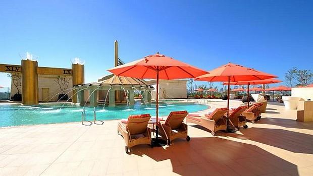 The Luxurious Raffles Dubai Hotel in Wafi City (2)