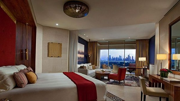 The Luxurious Raffles Dubai Hotel in Wafi City (6)