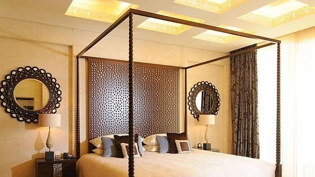 The Luxurious Raffles Dubai Hotel in Wafi City (9)