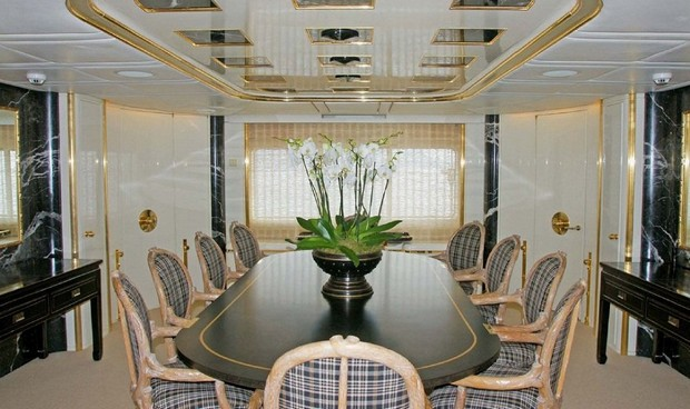 The Royal White Cloud Superyacht by Feadship (2)