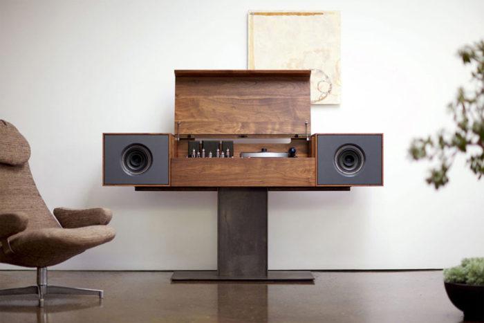 Symbol Audio Unveils the Modern Record Console (1)