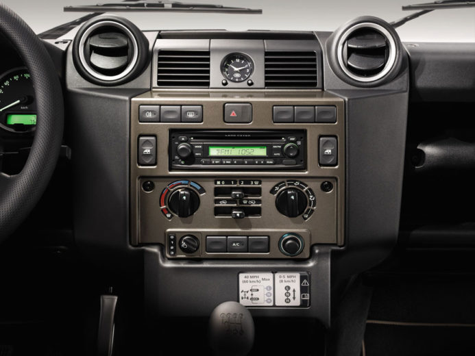 Land Rover Defender XTech (11)