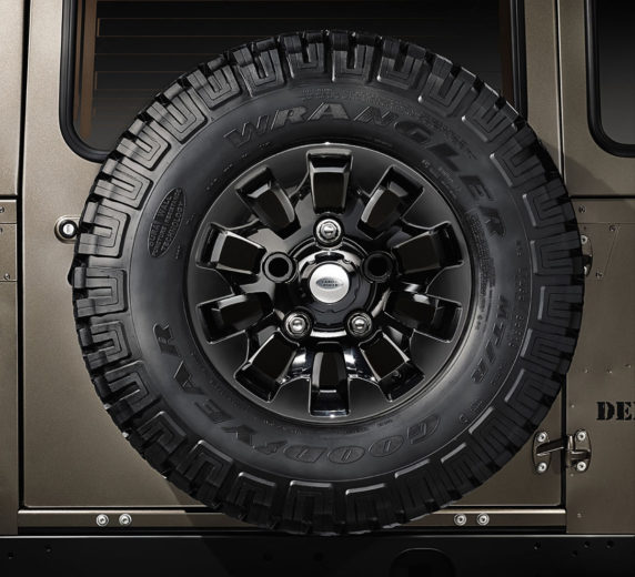 Land Rover Defender XTech (2)