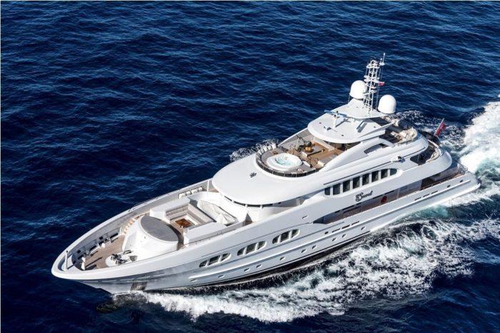 Lavish My Secret Luxury Yacht by Heesen (16)