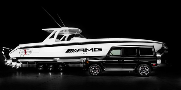 Cigarette Huntress Luxury Boat by Mercedes-Benz (6)