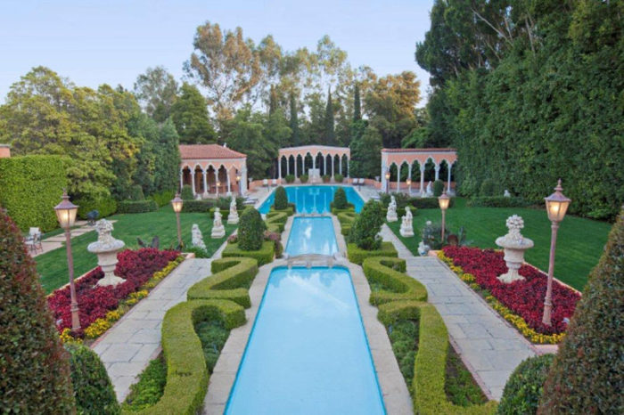 Opulent Beverly House Up for Rental (8)