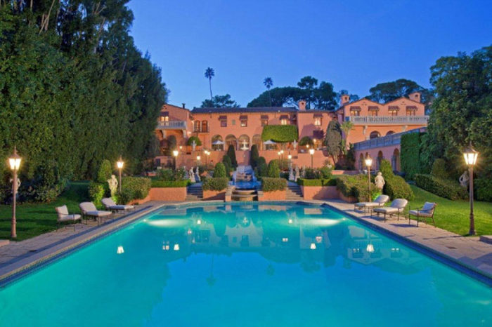 Opulent Beverly House Up for Rental (4)