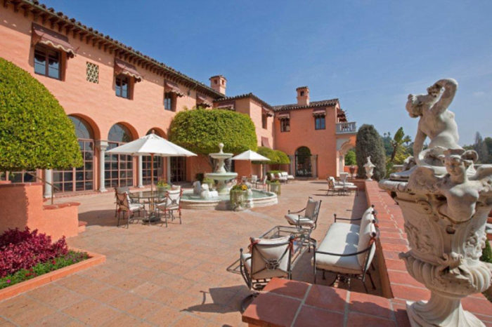 Opulent Beverly House Up for Rental (3)