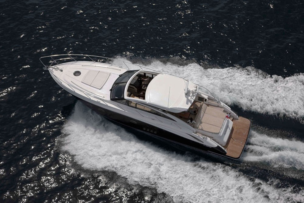 Algandra V62 Luxury Yacht (1)
