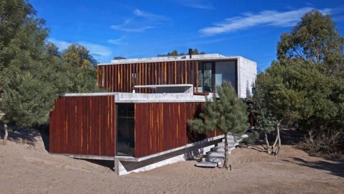 MR House In La Esmeralda, Argentina (15)
