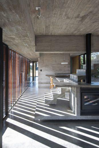 MR House In La Esmeralda, Argentina (4)