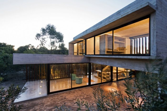MR House In La Esmeralda, Argentina (3)