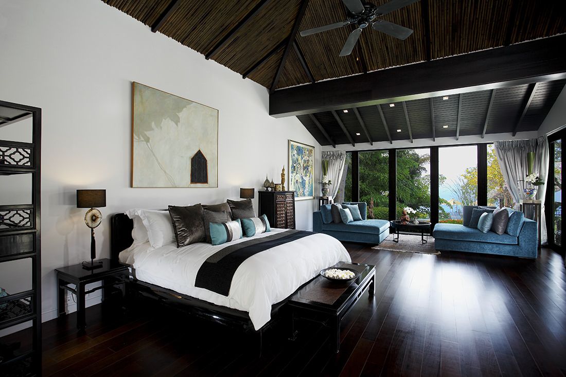 Tropical Absolute Oceanfront Villa in Nai Thon (1)