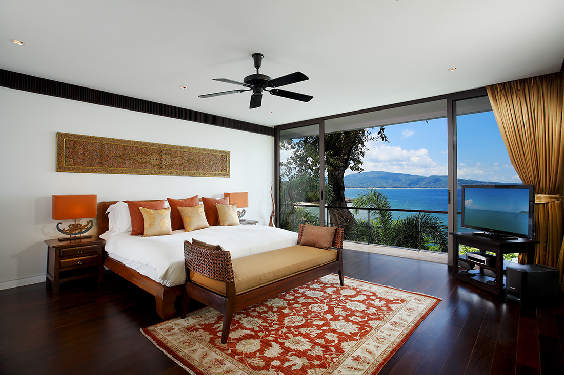 Tropical Absolute Oceanfront Villa in Nai Thon (4)