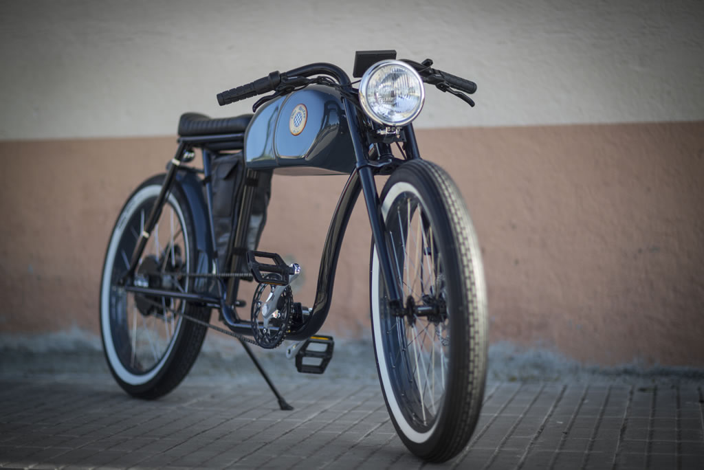 Cafe Racer-Inspired E-Bike By Otocycles (23)