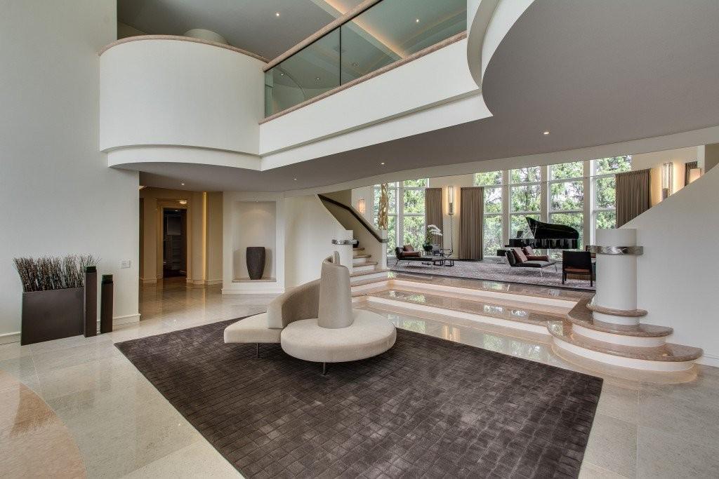 Michael Jordan's Lavish Estate Costs $14,8 Million (4)
