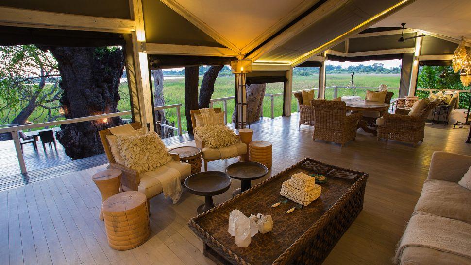 Africa's Abu Camp Guarantees Memorable Vacations (17)