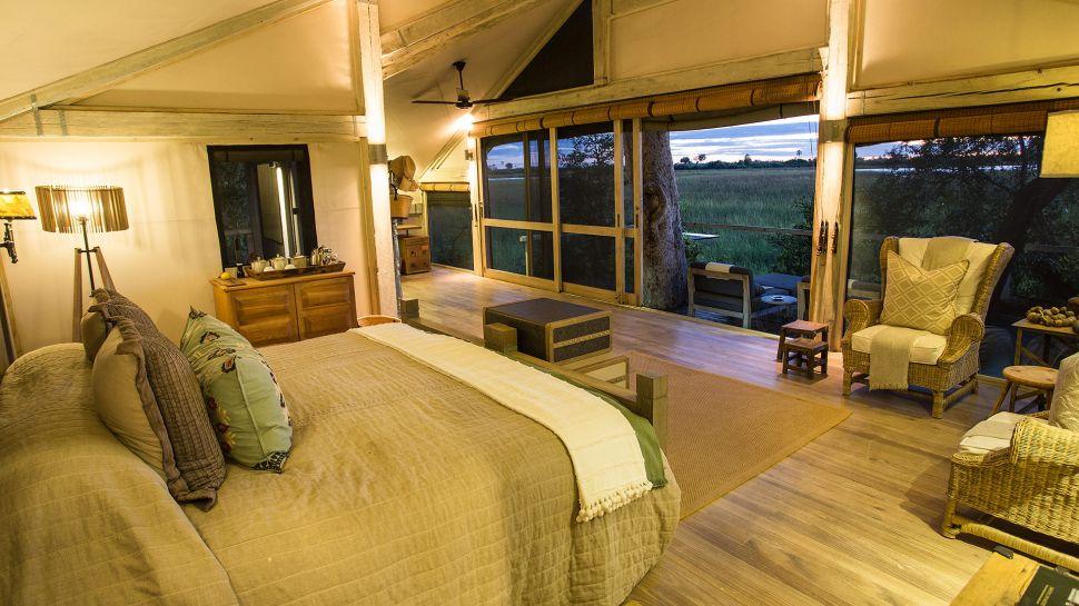 Africa's Abu Camp Guarantees Memorable Vacations (15)