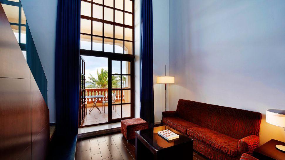 Dreamy Le Meridien Ra Beach Hotel & Spa (4)
