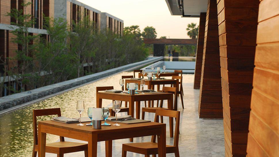 Magnificent Hotel De La Paix In Thailand 7