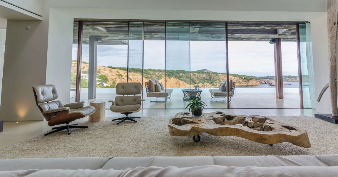 Villa Majesty Is A Splendid Home In Ibiza, Spain (7)