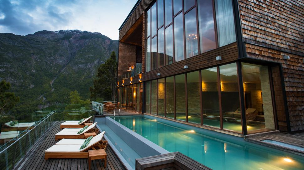 Exquisite Uman Lodge In Chile (15)