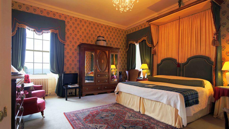 Memorable Vacations At Glenapp Castle In Scotland 13