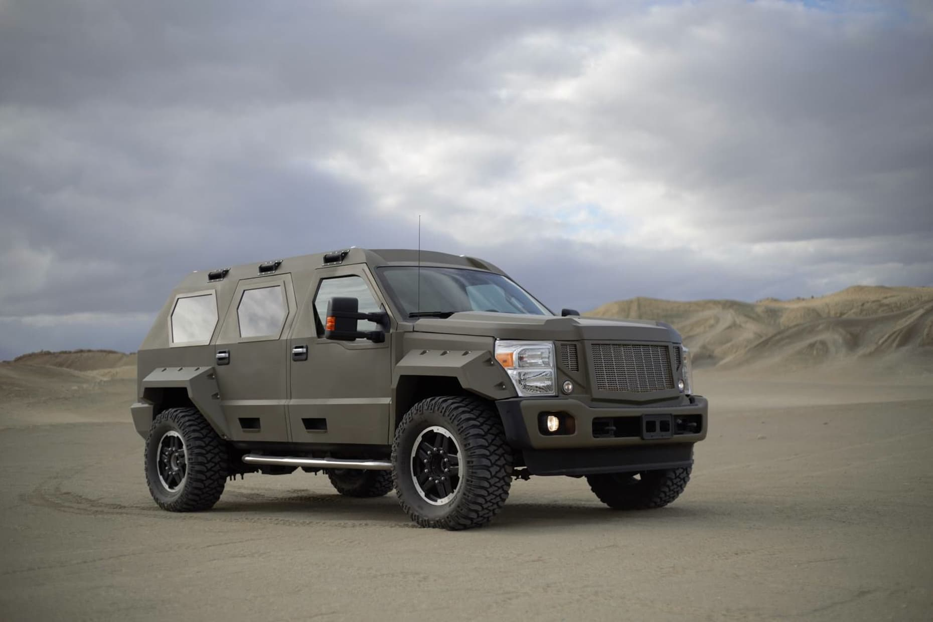 Rhino XT SUV By US Specialty Vehicles (1)