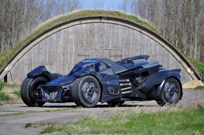Breathtaking Arkham Car Is Based On A Lamborghini (15)