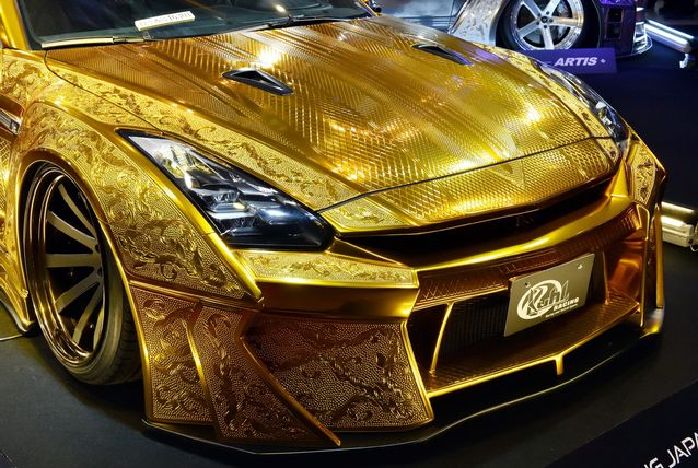 Gold-Plated Nissan R35 GT-R Is Worth $1 Million 7