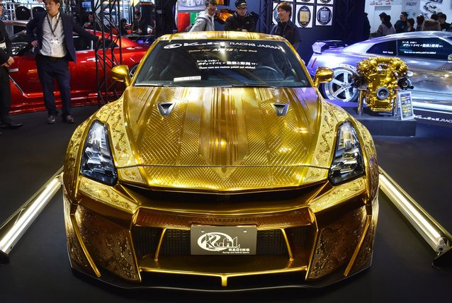 Gold-Plated Nissan R35 GT-R Is Worth $1 Million 8