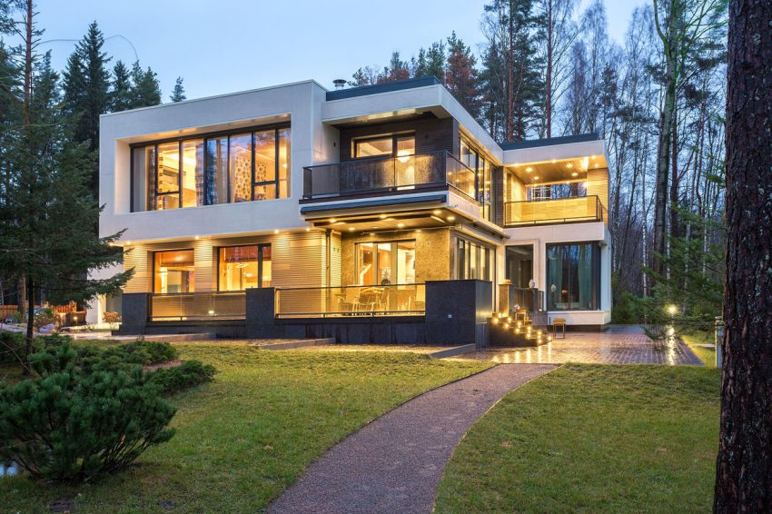 Sublime Lakeside Home In St  Petersburg, Russia