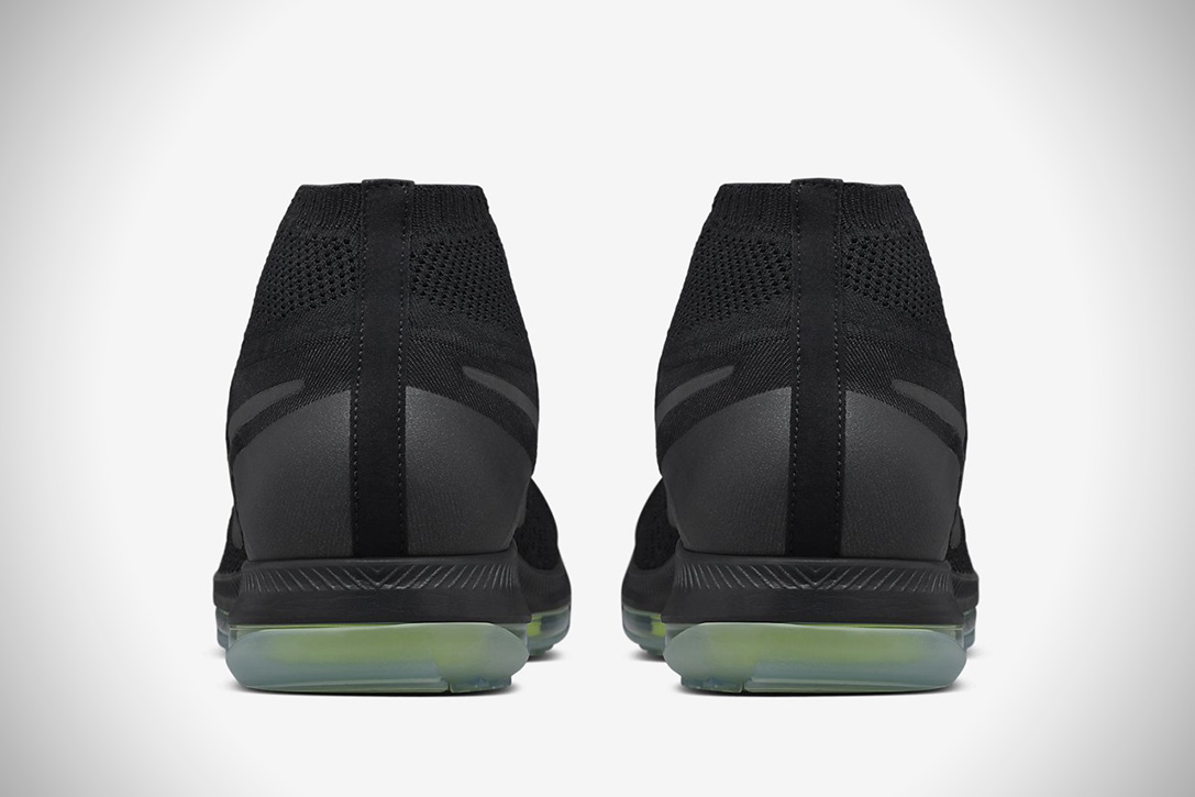 All Out FlyKnit Zoom Triple Black By Nike (2)