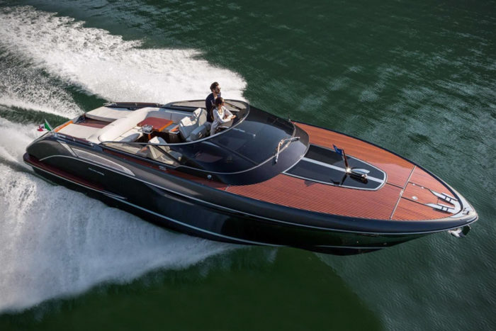 Elegant And Powerful Riva Rivamare Speedboat 1