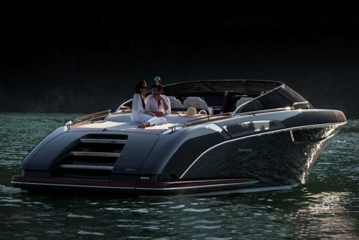 Elegant And Powerful Riva Rivamare Speedboat 12