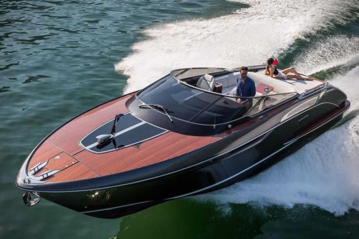 Elegant And Powerful Riva Rivamare Speedboat 2