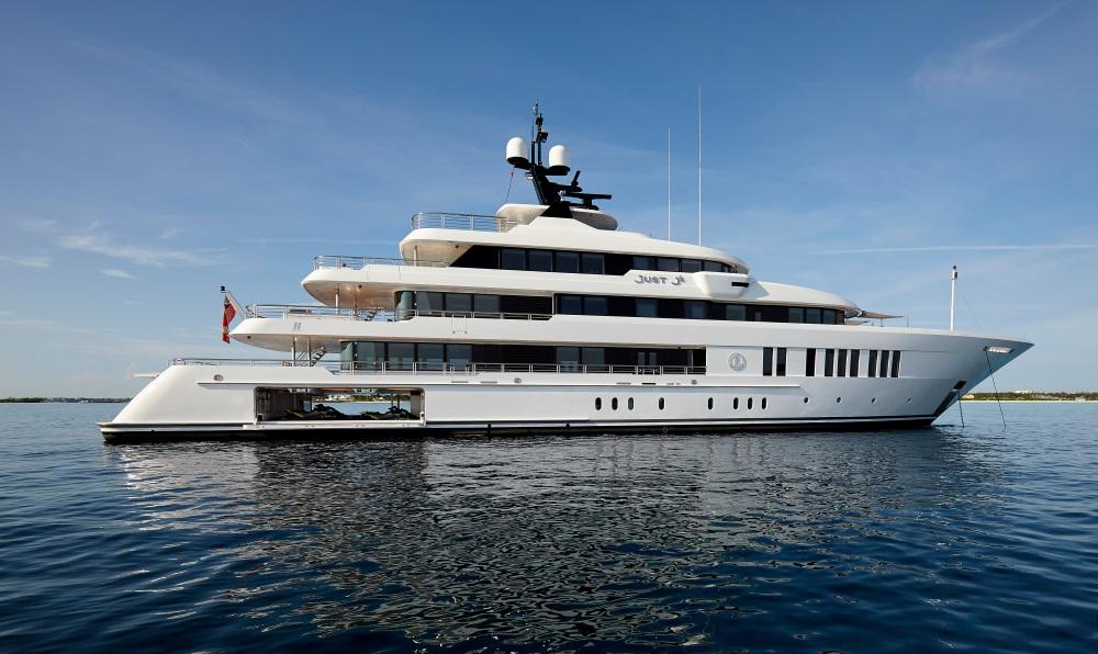 Breathtaking Just J's Superyacht By Hakvoort (15)
