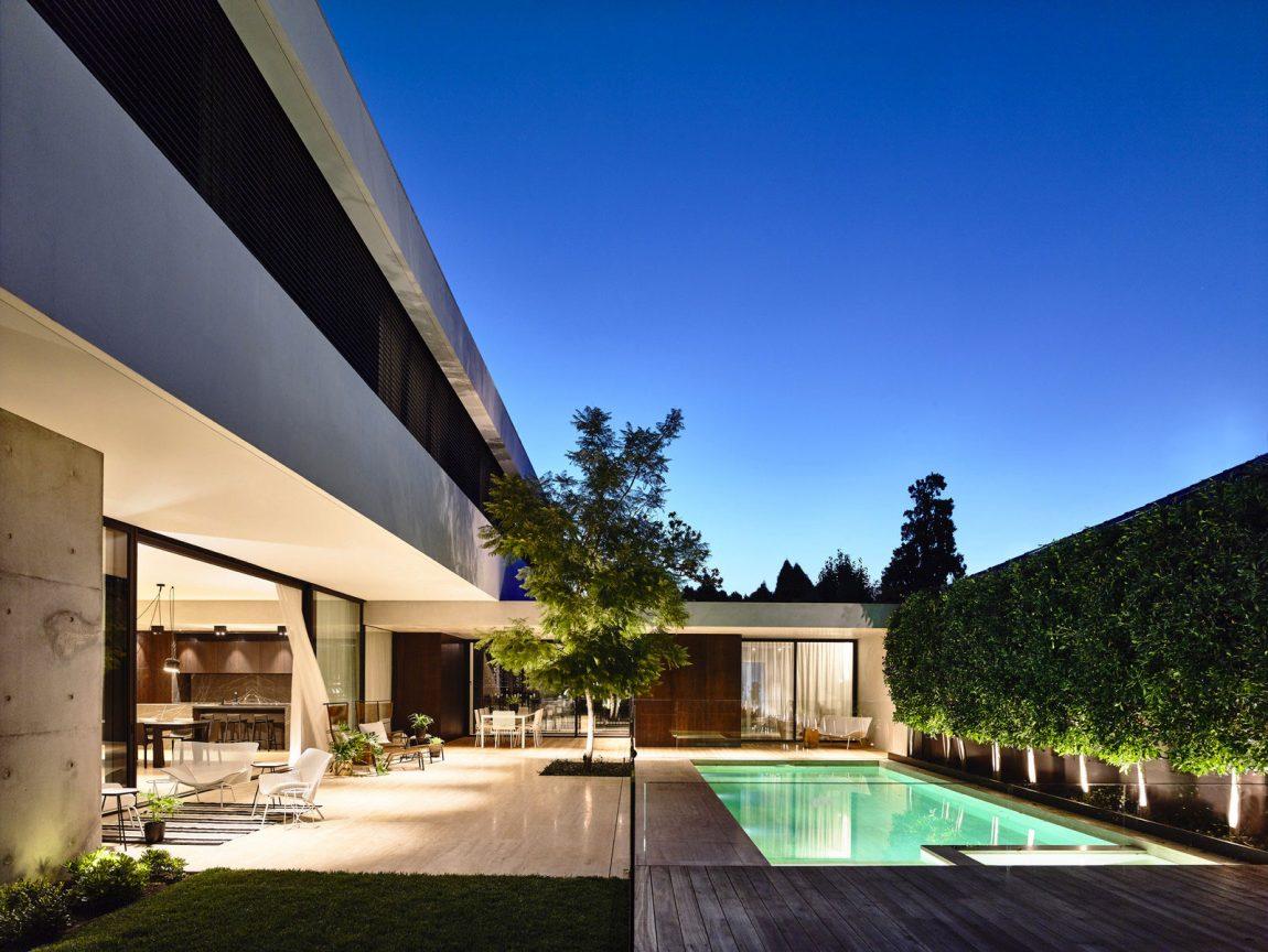Modern Residence In Melbourne 20