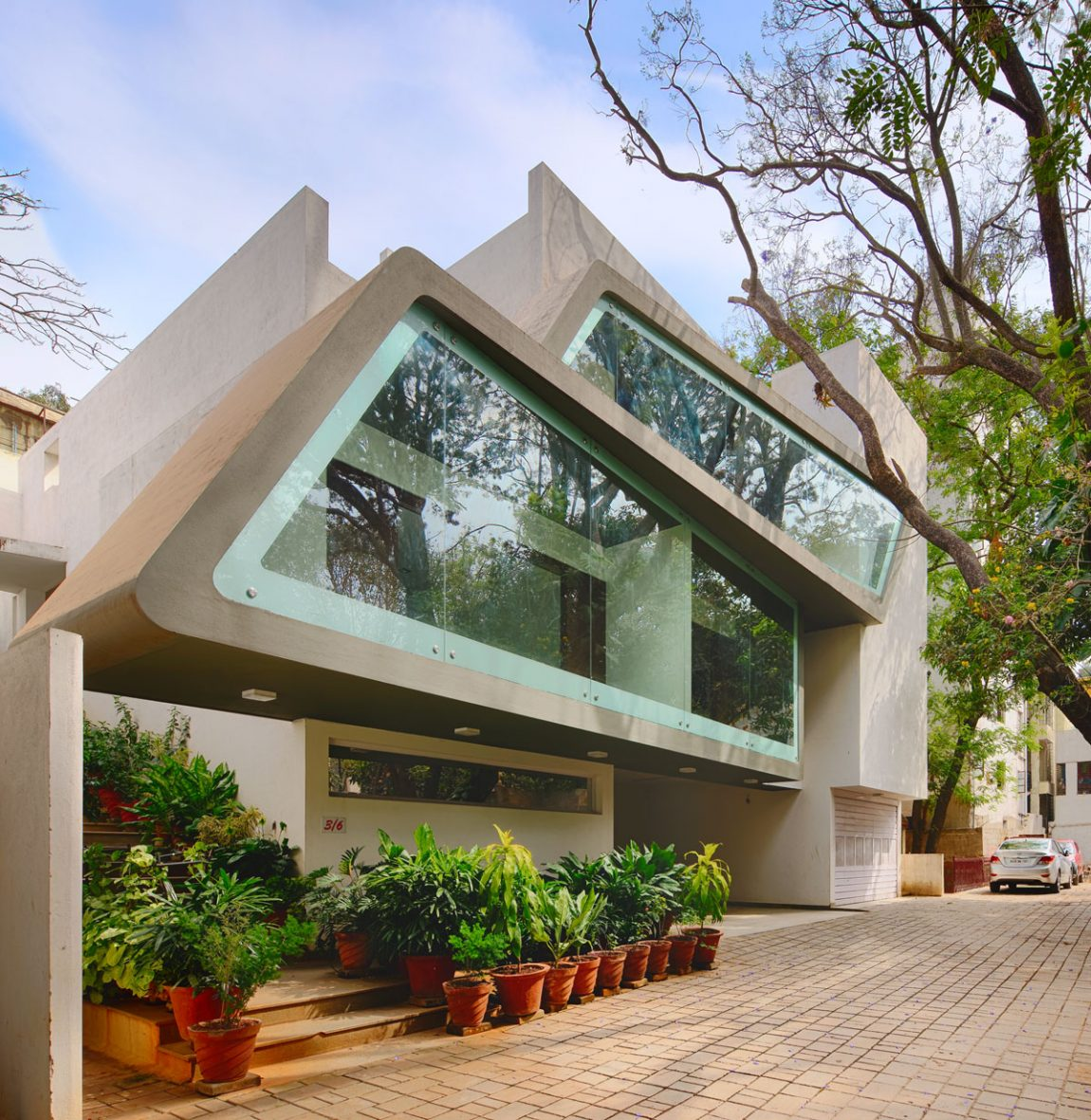 Contemporary Residence In Bangalore, India (15)