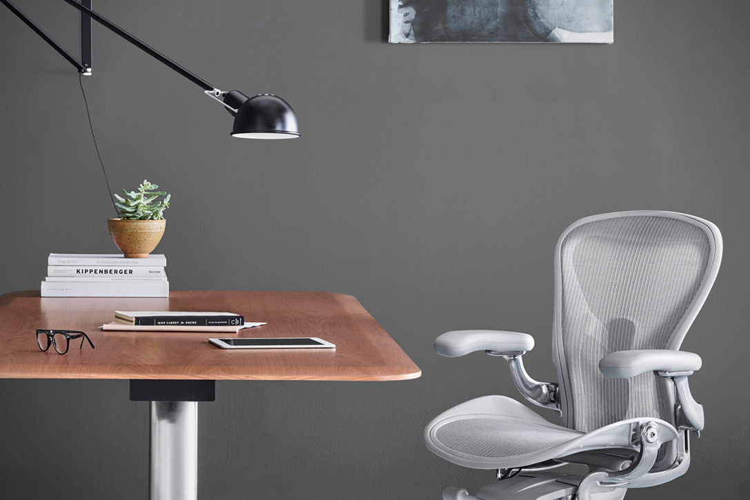 Aeron Office Chair Remastered By Herman Miller 5