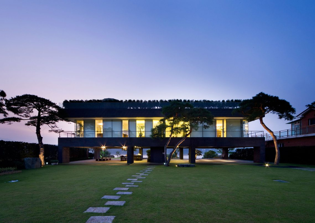 Fabulous Abode In Gyeonggi, South Korea 19