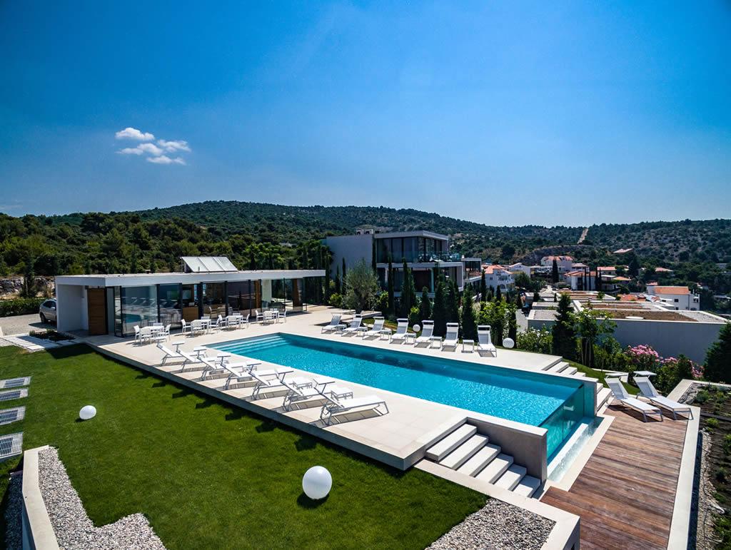 Golden Rays Villa Complex In Primošten, Croatia 2